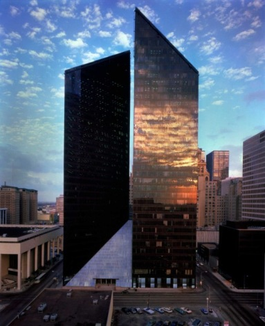 Pennzoil Place, Houston. Developed by Hines, designed by John Burgee and the late Philip Johnson